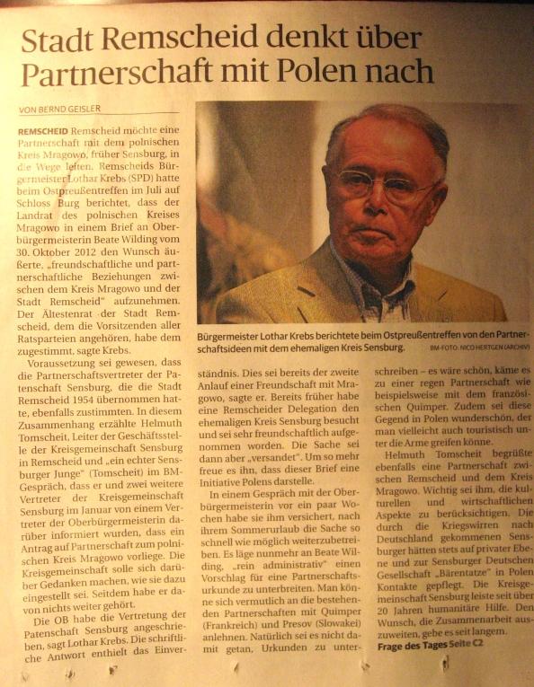 Dreispalter über die politisch angestrebte Partnerschaft mit Mrągowo. Am Ende des Textes: Hinweis auf die Umfrage