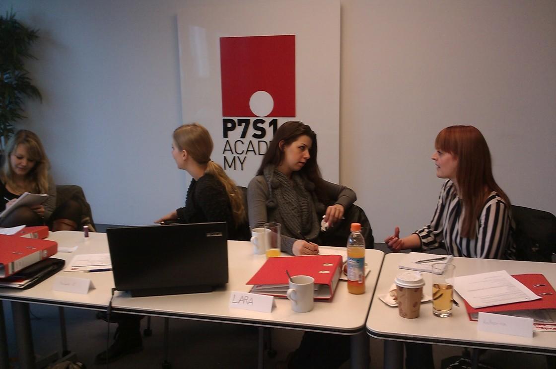 Intensive Arbeitsatmosphäre im Recherche-Workshop P7S1-Volos