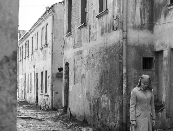 Wer hat hier verloren? Die Menschen hinter den Fassaden? Ida?
